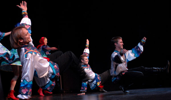 50.jpg Russian costumes for dance Kalinka