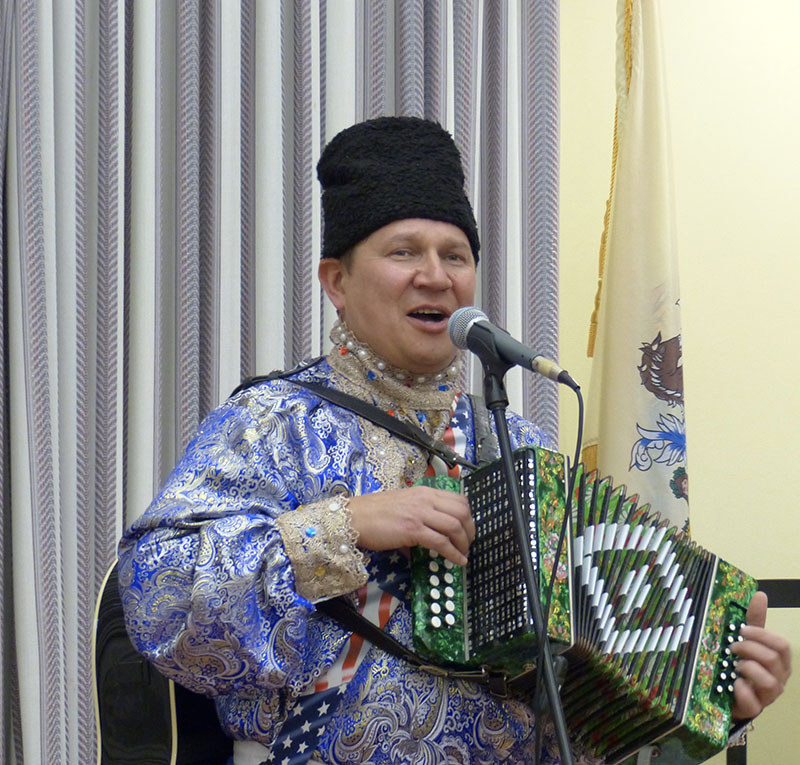 Russian garmoshka player/singer Mikhail Smirnov, Mahwah, NJ, Mahwah Public Library, New Jersey