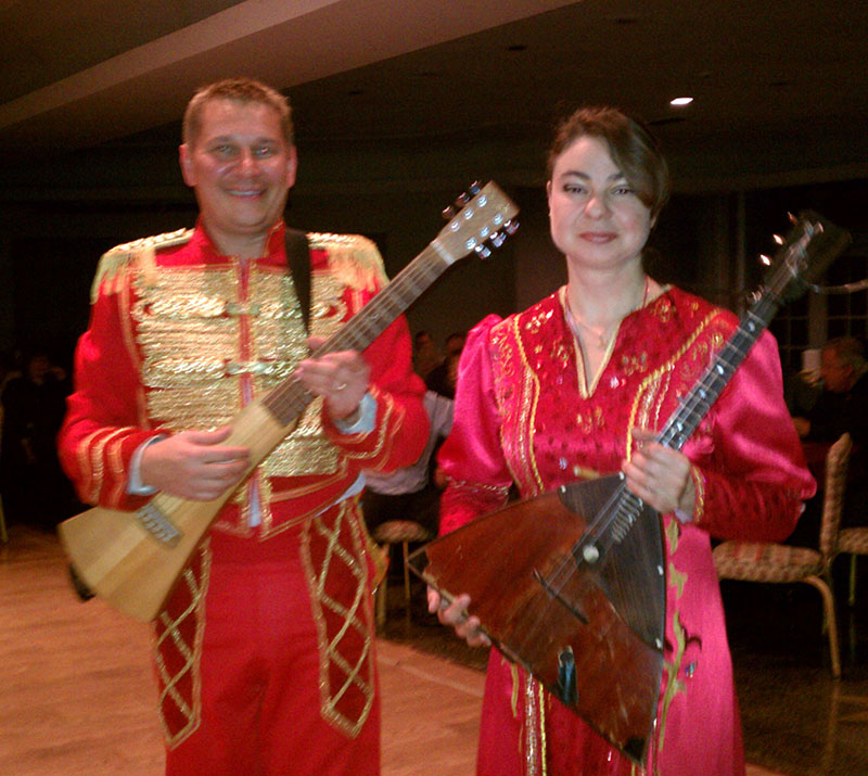 Barynya Balalaika Duo, Mikhail Smirnov, Elina Karokhina, Long Island, New York, Temple Israel, JCC of the Greater Five Towns, 140 Central Avenue, Lawrence, New York  11559