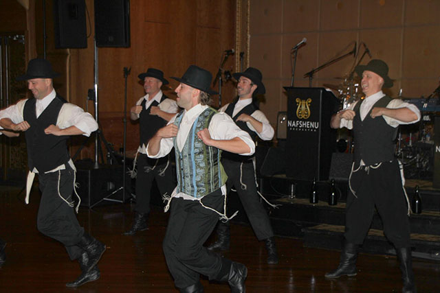 Bottle Dancers, Woodbury Jewish Center, Long Island, Nassau County, Woodbury, New York