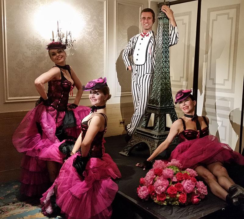 Нью-Йоркский отель Уолдорф-Астория, The French Can-Can Cabaret Dancers, Waldorf Astoria NYC, Wednesday, May 18, 2016