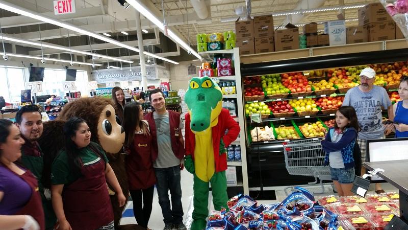 Cheburashka, Krokodil Gena, Чебурашка, Крокодил Гена, Netcost Market, Philadelphia, Pennsylvania, Филадельфия, штат Пенсильвания