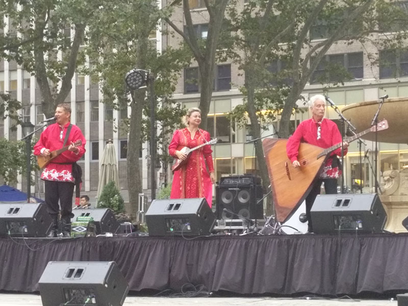 Wednesday, August 31, 2016, Bryant Park NYC, New York City, 08-31-2016, Mikhail Smirnov, Elina Karokhina, Leonid Bruk