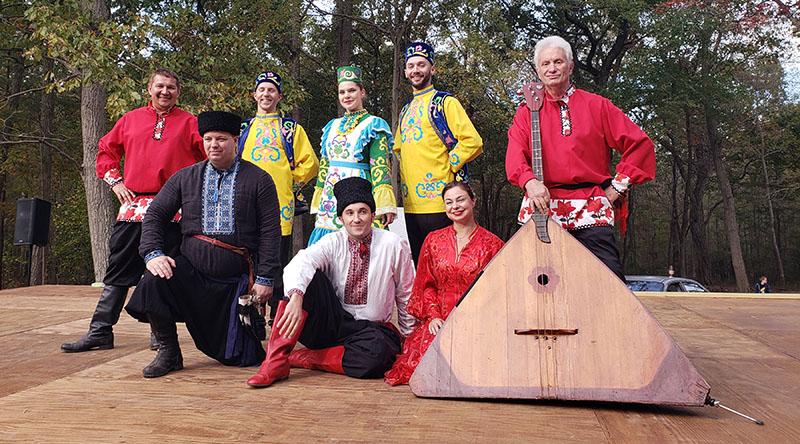 Balalaika Trio, Barynya dancers, Leonid Bruk, Mikhail Smirnov, Elina Karokhina, Alisa Egorova, Konstantin Tulinov, Arsentiy Oskin