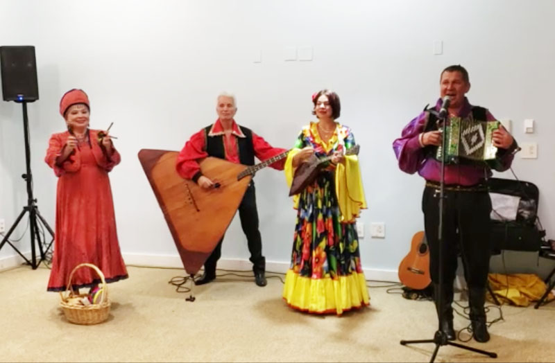 New York Russian Balalaika Trio, Leonid Bruk, Mikhail Smirnov, Elina Karokhina, Russian folk singer Irina Zagornova, Downtown New York City, 10-02-2019, Wednesday, October 2nd, 2019
