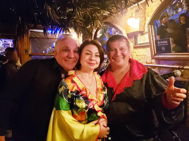 New York City, NYC Gypsy Trio, Anyway Cafe, Vasily Yankovic, Elina Karokhina, Mikhail Smirnov
