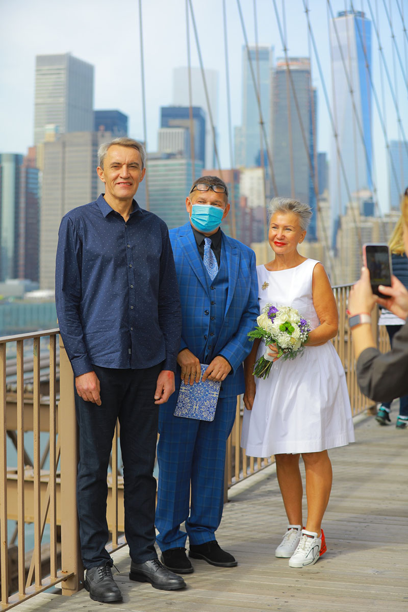 10-10-2020, Saturday, October 10th, 2020, Russian wedding ceremony, Russian wedding minister Mikhail, Russian wedding officiant, Brooklyn Bridge NYC, New York City