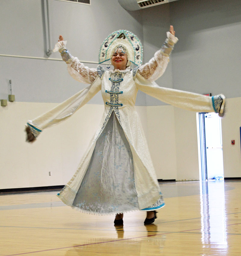 Elina Karokhina, Russian Wedding Dance, Metelitsa, The Snowstorm, Sixth Grade Academy, Lovington, New Mexico, photo by Jaycie Chesser