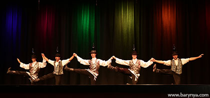 Jewish Bottle Dance, Photo by Yuriy Balan, Saturday, October 13, 2018, Freeport High School, Freeport Community Concert Association, FCCA, Freeport, Long Island, New York, Ensemble Barynya, Alexander Rudoy, Serhiy Tsyganok, Konstantin Tulinov,  Ilia Pankratov, Vladimir Nikitin