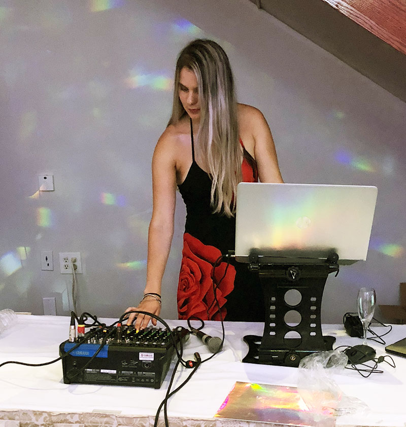 DJ Alisa, wedding reception, Saturday, August 11th, 2018, Camden County, New Jersey, The Lucien's Manor, 81 W White Horse Pike, Berlin, NJ 08009