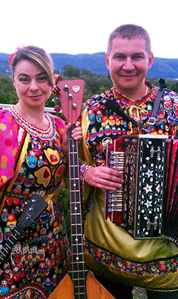 NY Russian Balalaika Trio, Elina Karokhina, Mikhail Smirnov, Leonid Bruk, Garrison, New York, 9-17-2011